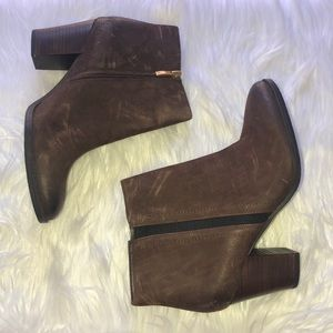 FRANCO SARTO Dipali ankle booties NWOT